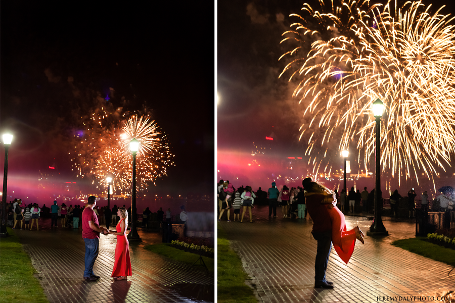 Tourist-Photography-Fireworks-Niagara-Falls-attractions-engagements