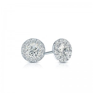 Jewelers Have Incorporated This Style Into Earrings By Grouping Multiple Little Diamonds Together To Create The Illusion Of One Large Diamond