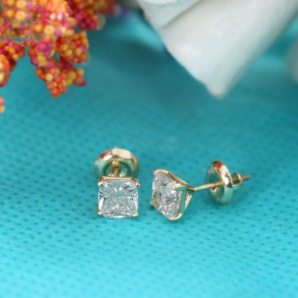 Tips on Buying Cushion Cut Diamond Stud Earrings