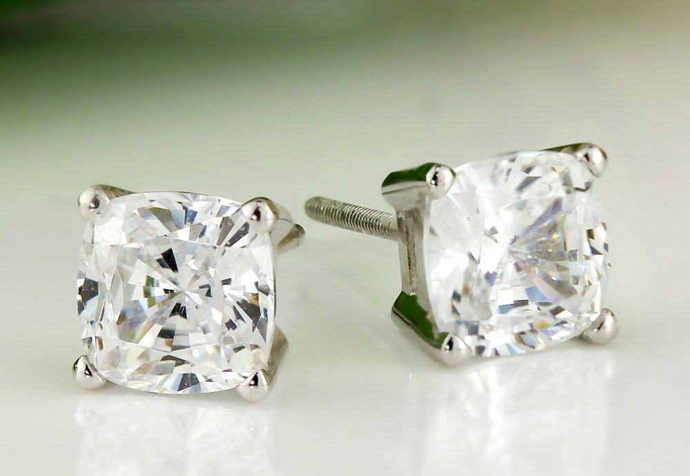 Buying Cushion Cut Diamond Studs? Top Tips You Must Know