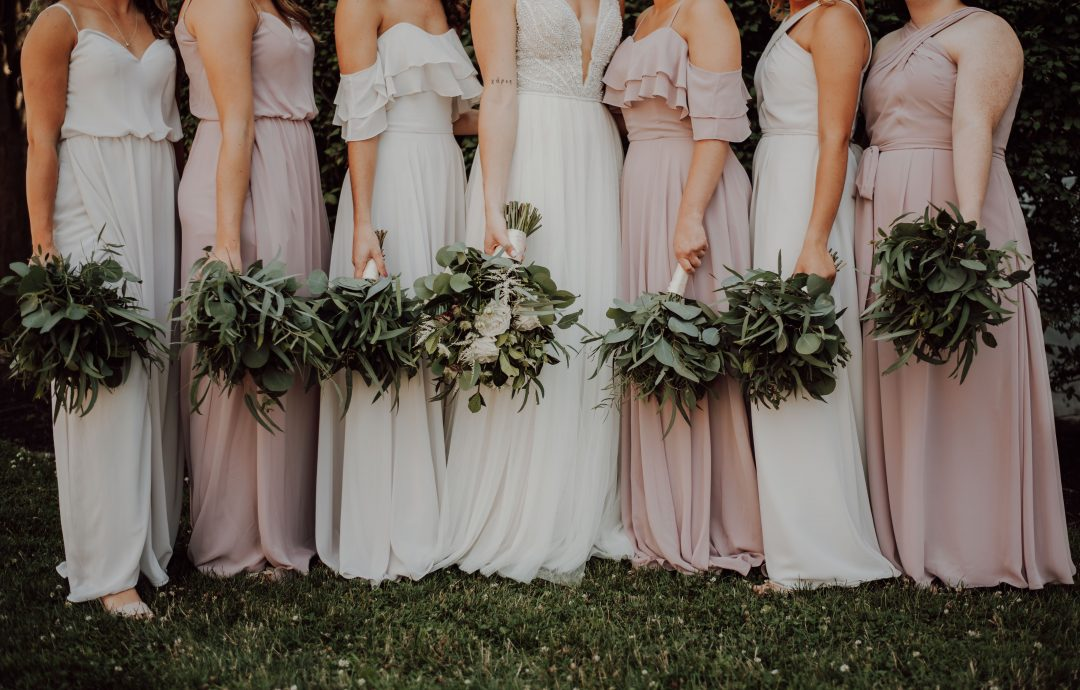 Top 6 Earring Styles For Each of Your Unique Bridesmaids
